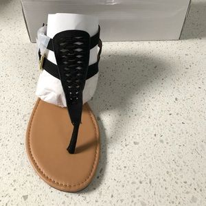Qupid Shoes - Qupid Archer Flat Gladiator Sandals Black FX Suede
